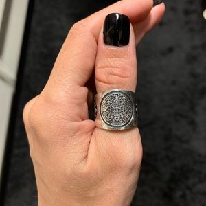Jewelry - Genuine sterling silver thumb ring size 8